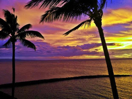 Maui sunset from Ocean Breeze Hideaway